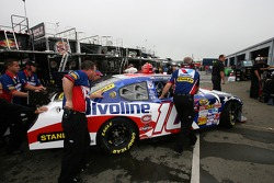 Valvoline Dodge crew members at work