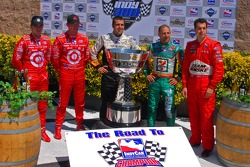 The five drivers in contention for the 2007 IndyCar championship: Dan Wheldon; Scott Dixon; Dario Franchitti; Tony Kanaan and Sam Hornish Jr.