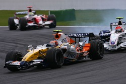 Heikki Kovalainen, Renault F1 Team, Robert Kubica,  BMW Sauber F1 Team