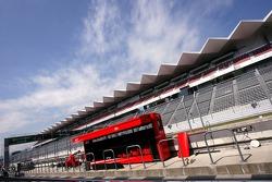 Pitlane and main grandstand
