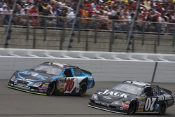 Greg Biffle leads Clint Bowyer
