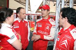 Daniel Sordo with Citroen Total WRT team members