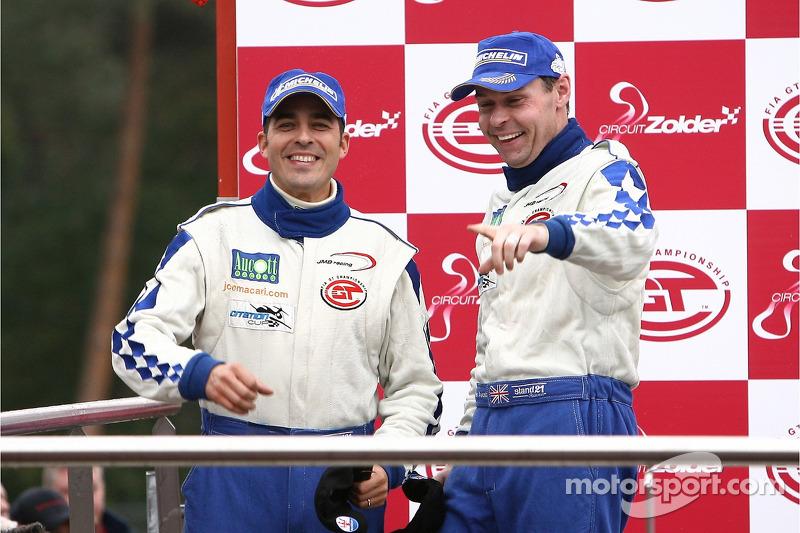 GT1 podium: Citation Cup 2007 champion Ben Aucott celebrates with Stéphane Daoudi