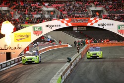 Quarter final 1: Yvan Muller and Petter Solberg