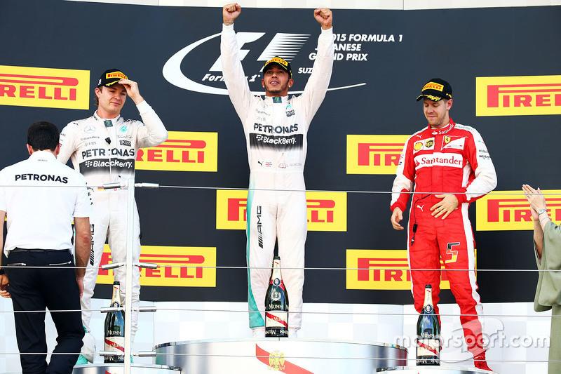 Podium: Race winner Lewis Hamilton, Mercedes AMG F1 Team, second place Nico Rosberg, Mercedes ...