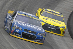 Jimmie Johnson, Hendrick Motorsports Chevrolet and Matt Kenseth, Joe Gibbs Racing Toyota