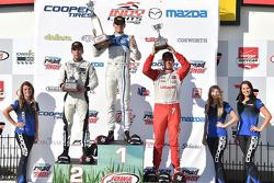 Podium: Race winner Max Chilton, Carlin, second place Ed Jones, Carlin and third place R.C. Enerson, Schmidt Peterson Motorsports