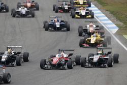 Maximilian Günther, Prema Powerteam Dallara Mercedes-Benz and Alexander Sims, HitechGP Dallara Mercedes-Benz