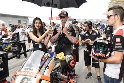 Stefan Bradl, Aprilia Racing Team Gresini with grid girl