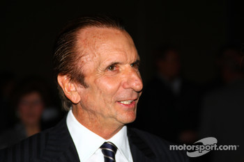 Two-time Indianapolis 500 winner Emerson Fittipaldi attended the Shav Glick Newsmakers Forum