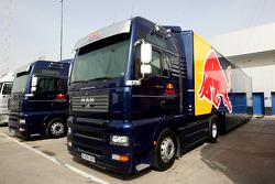 Red Bull Racing, trucks