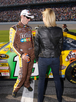 Kyle Busch and a mysterious beauty