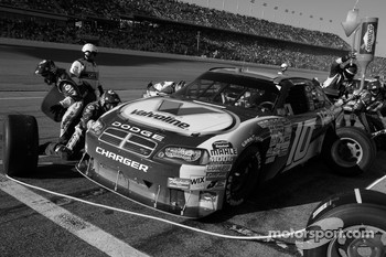 Pit stop for Patrick Carpentier