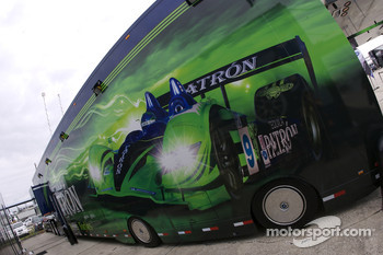 Patron Highcroft Racing transporter