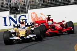 Nelson A. Piquet, Renault F1 Team, R28 under pressure from Felipe Massa, Scuderia Ferrari, F2008
