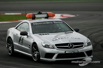 The F1 and GP2 Mercedes-Benz, CL63 AMG Safety Car