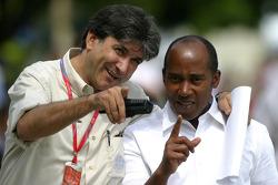 Pasquale Lattuneddu, FOM, Formula One Management and Anthony Hamilton, Father of Lewis Hamilton