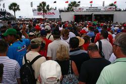 Pre race paddock crowd