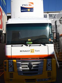 Renault F1 Team truck