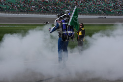 Rocket Man delivers the green flag