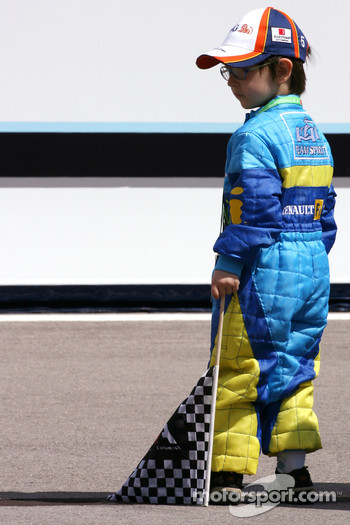 Young Alonso fan