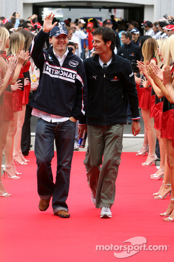 Robert Kubica, BMW Sauber F1 Team and Mark Webber, Red Bull Racing