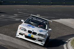 #77 BMW M3: Michael Bonk, Peter Bonk, Urs Schild, Wolf Silvester