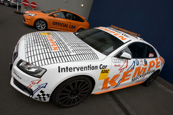 An intervention car sits in pitlane before the race