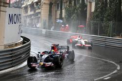 Sébastien Bourdais, Scuderia Toro Rosso leads Adrian Sutil, Force India F1 Team