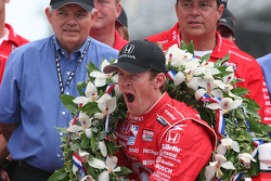 Scott Dixon takes a yawn during the photo shoot