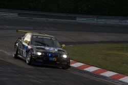 #74 MSC Ruhr-Blitz Bochum e.V. im ADAC BMW M3: Willi Obermann, Ivano Giuliani, Roberto Ragatzi, Gianni Biava