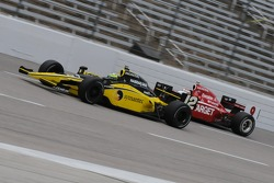 Tomas Scheckter running with Scott Dixon