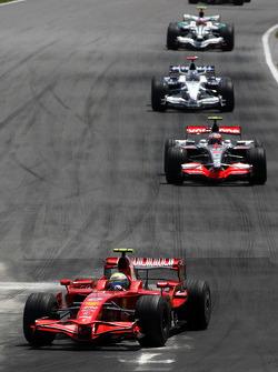 Felipe Massa, Scuderia Ferrari leads Heikki Kovalainen, McLaren Mercedes