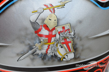 The back of Dan Wheldon's helmet depicting an English jousting