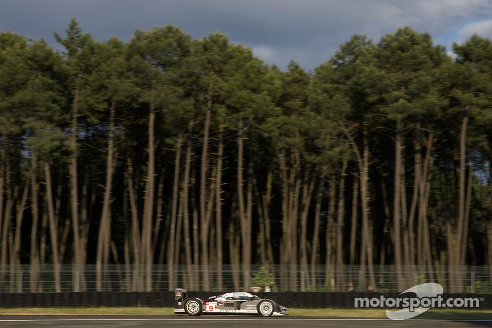 #9 Peugeot Sport Total Peugeot 908: Franck Montagny, Ricardo Zonta, Christian Klien