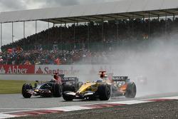 Sébastien Bourdais, Scuderia Toro Rosso, STR02 and Fernando Alonso, Renault F1 Team, R28