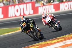 Bradley Smith, Tech 3 Yamaha and Andrea Dovizioso, Ducati Team