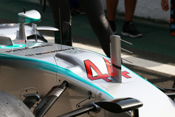 Mercedes AMG F1 W06 duct detail on the nosecone