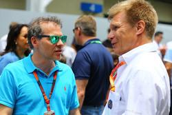 (L to R): Jacques Villeneuve, with Mika Salo,