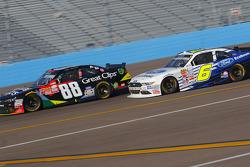 Kasey Kahne, JR Motorsports Chevrolet and Darrell Wallace Jr., Roush Fenway Racing Ford