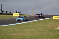 Scott McLaughlin, Garry Rogers Motorsport and Craig Lowndes, Triple Eight Race Engineering Holden
