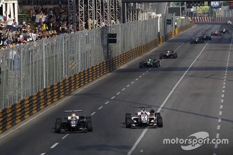 夏尔·勒克勒克,Van Amersfoort车队;菲利克斯·罗森奎斯特,Prema Powerteam车队