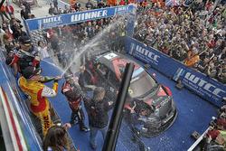 Podium: race winner Norbert Michelisz, Honda Civic WTCC, Zengo Motorsport, second place Tom Coronel, Chevrolet RML Cruze TC1, ROAL Motorsport, third place Tom Chilton, Chevrolet RML Cruze TC1, ROAL Motorsport