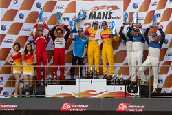 LMP2 podium: winners Sean Gelael, Antonio Giovinazzi, Jagonya Ayam with Eurasia, second place Nicolas Leutwiler, Oliver Webb, Race Performance, third place Michael Munemann, Dean Koutsoumidis, Jamie Winslow, Algarve Pro Racing