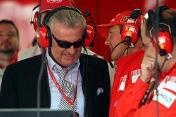 Willi Weber, Driver Manager and Michael Schumacher, Test Driver, Scuderia Ferrari at Ferrari garage