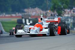 Pace lap: Ryan Briscoe