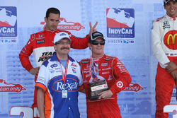 Race winner Scott Dixon with Helio Castroneves