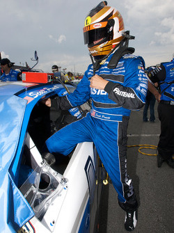 Scott Pruett gets ready for his qualifying run