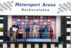 Podium, Race 1, Robert Huff, Chevrolet, Chevrole Lacetti, Augusto Farfus, BMW Team Germany, BMW 320si, Alain Menu, Chevrolet, Chevrole Lacetti, Stefano d'Aste, Proteam Motorsport, BMW 320si