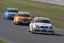Felix Porteiro, BMW Team Italy-Spain, BMW 320si, Tom Coronel, Sun Red SEAT Team, SEAT Leon FSI, Robert Huff, Chevrolet, Chevrole Lacetti